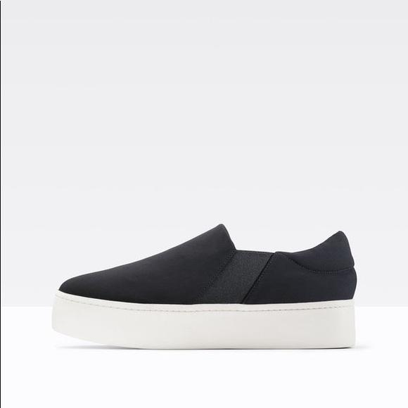 6b1f1486194 Vince Warren Black Canvas Slip on Sneaker